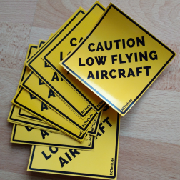 Aufkleber 'Caution low flying aircraft' (10 Stück)