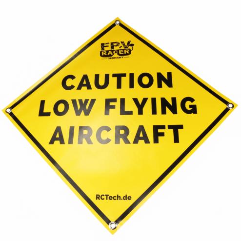 Startmatte 'Caution low flying aircraft'